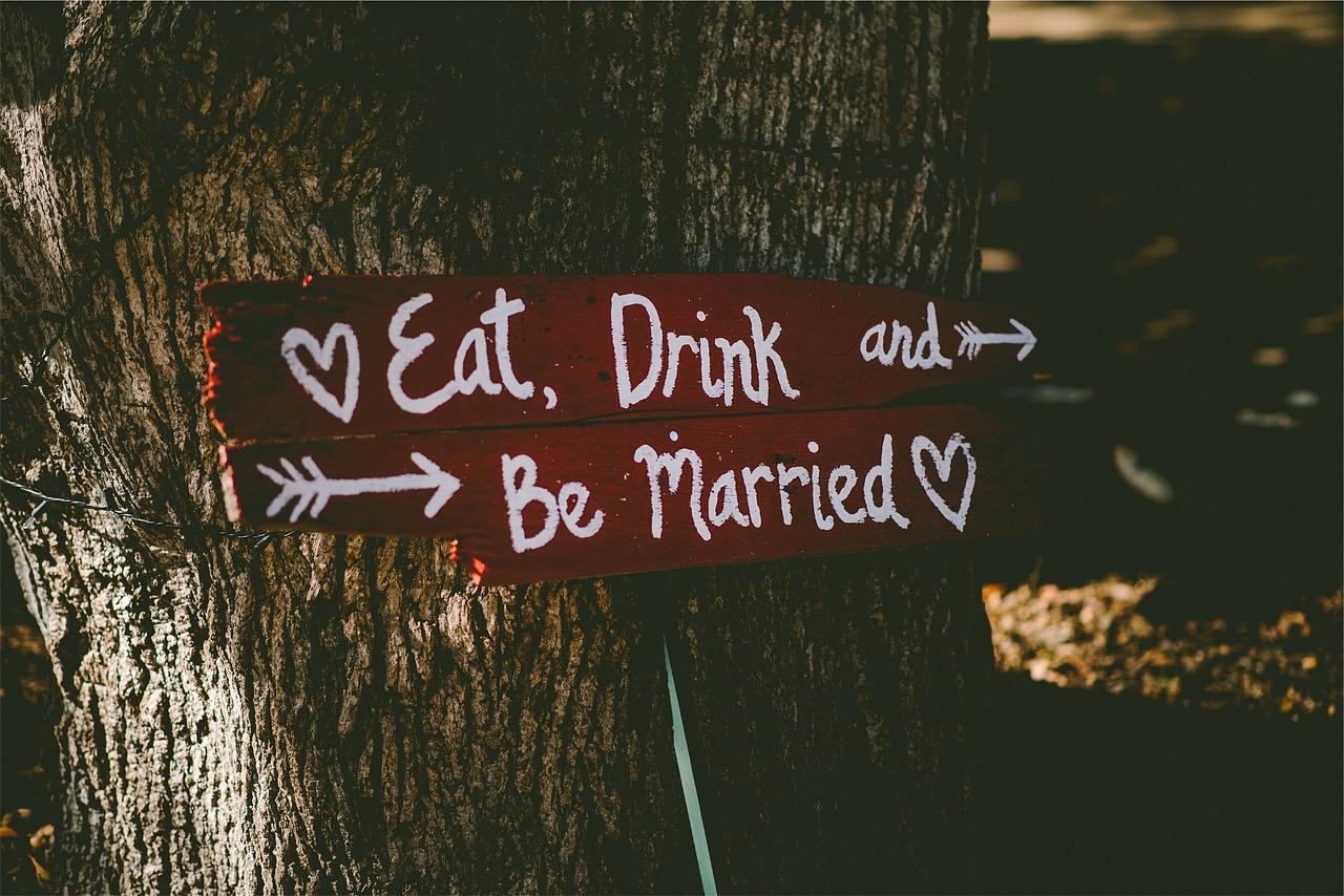 marriage-923660_1280.jpg